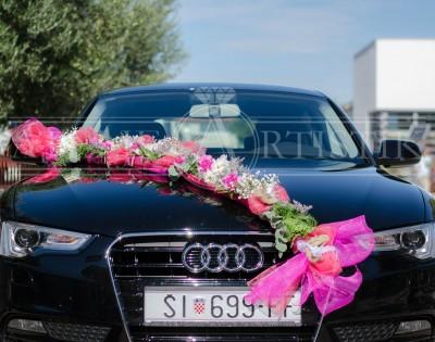 dekoracija za auto,